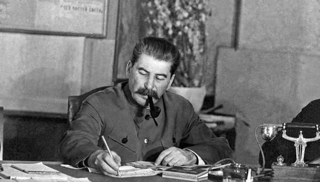 La ayuda del pueblo al Ejército Rojo en la Gran Guerra Patria Imagen-activa-640x364