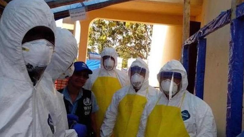 Médicos cubanos combatieron el ébola